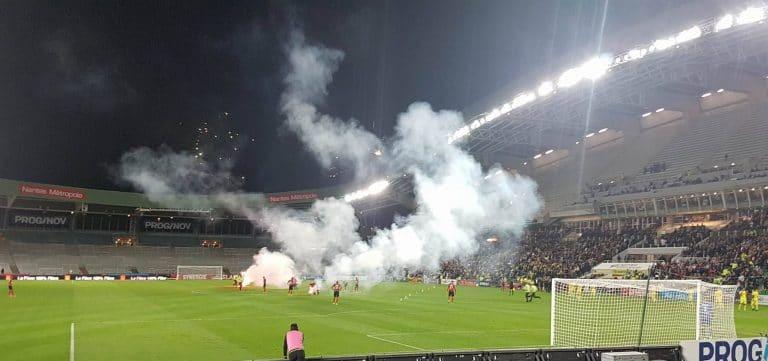 FC Nantes. De la contestation, des incidents et une belle victoire