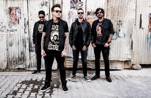 « Crooked Teeth » : le 9ème album de Papa Roach est sorti
