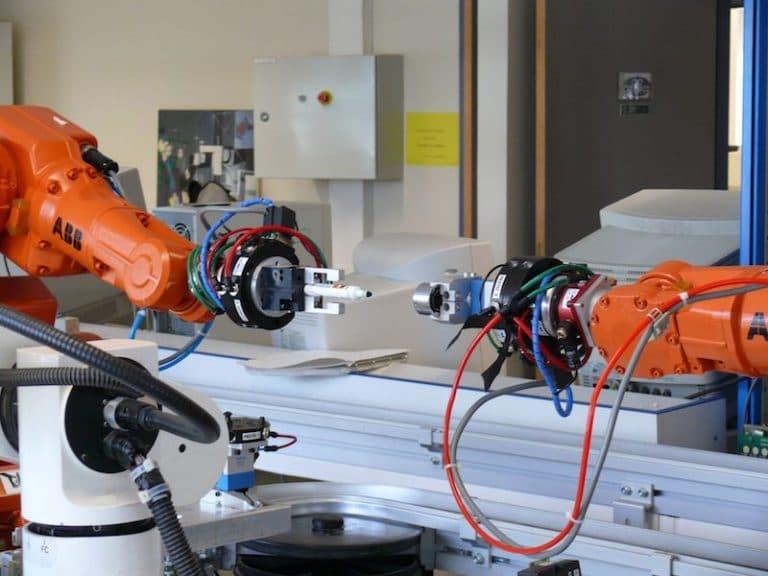 Le nombre de robots installés par l'industrie automobile française a augmenté de 22%