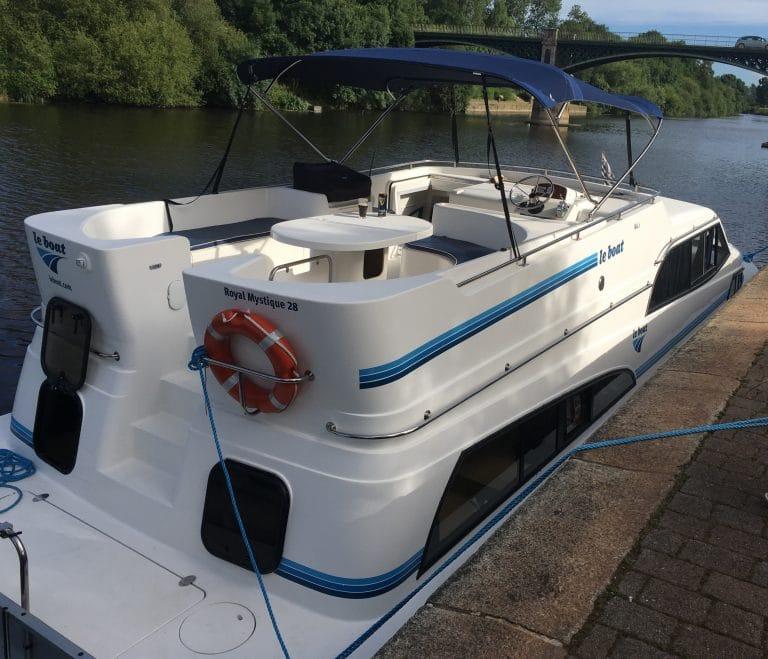 Vacances insolites. Et si vous partiez en croisière fluviale avec la compagnie « Le Boat » ?