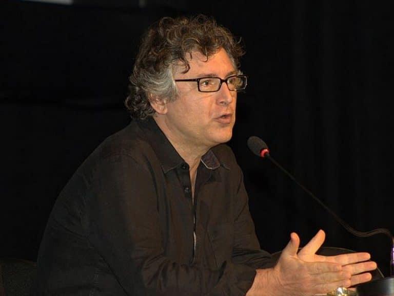 D'après Michel Onfray, Benoît Hamon a rendu service à Macron