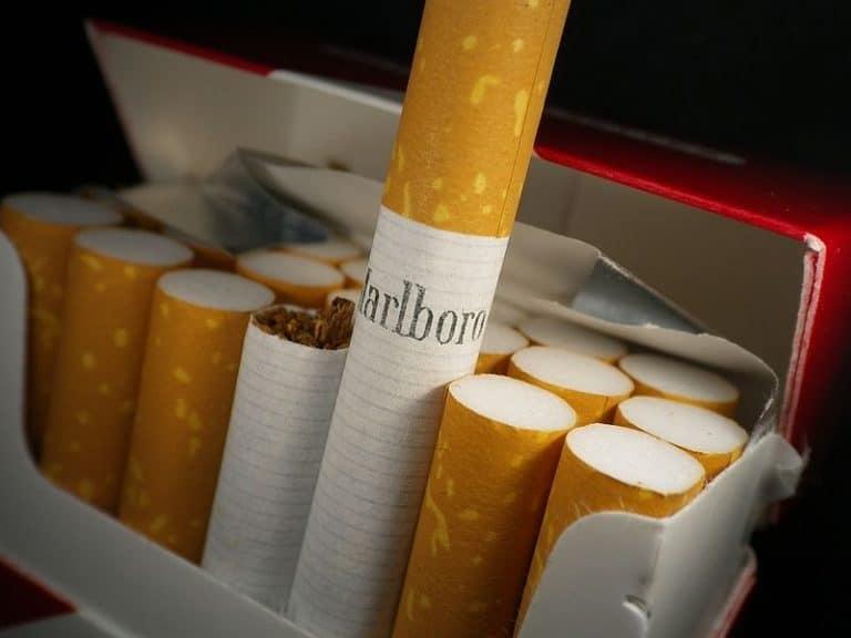 Younous Omarjee (La France Insoumise) demande à la Commission européenne une enquête sur l'industrie du tabac