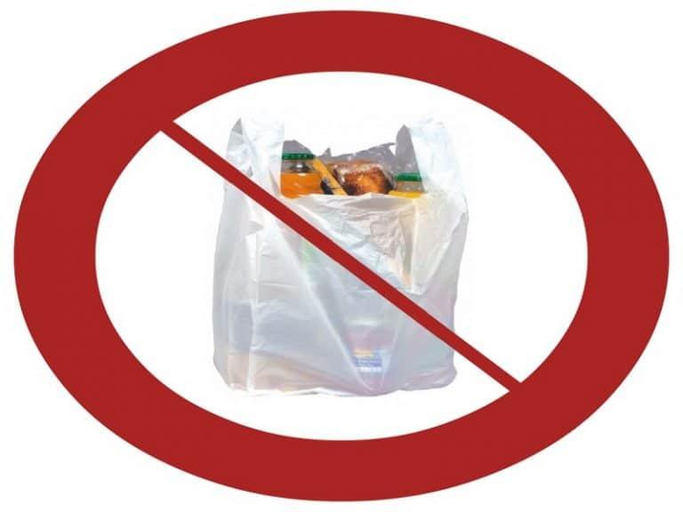 Sacs plastiques sur les marchés : les amendes pleuvent sur les commerçants récalcitrants