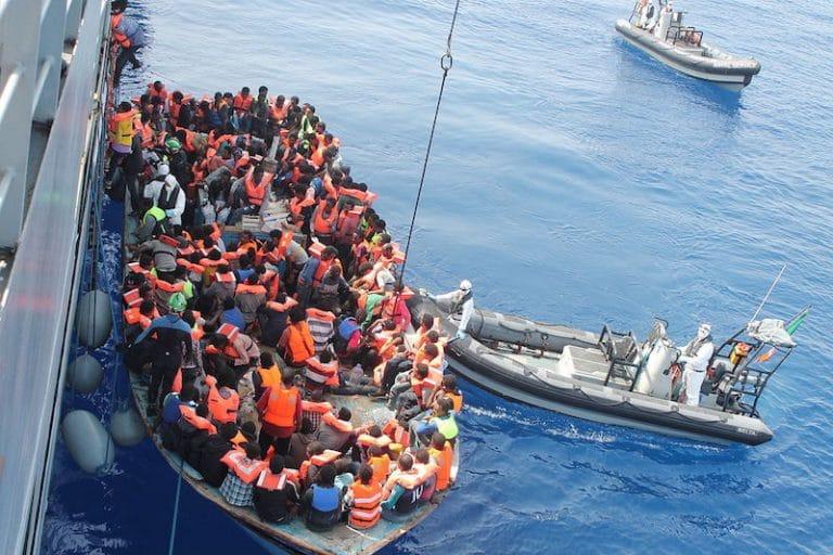 Immigration. Les ONG pro-migrants ont plus de poids qu'un ministère… [Vidéo]