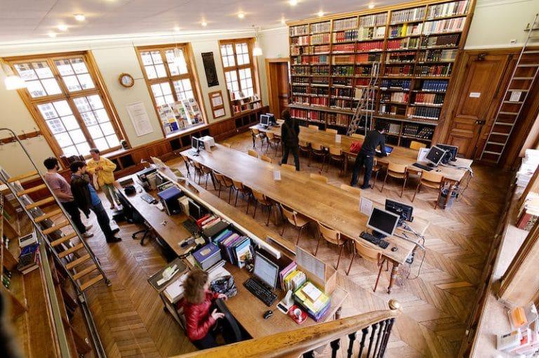 René Chiche sur l'Éducation nationale : « On juge bonnes des copies qui étaient hier seulement médiocres »