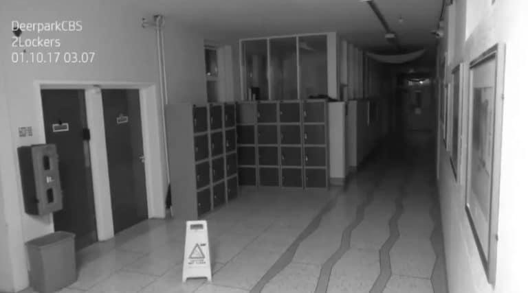 Cork (Irlande). Un fantôme dans un école ? Vidéo incroyable