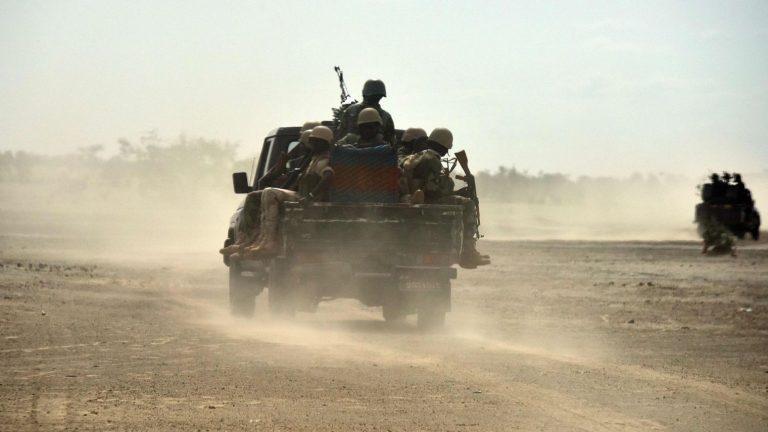 Niger : derrière la mort des soldats américains, l'opposition Peul-Touareg et les conséquences de l' « embouteillage » sécuritaire