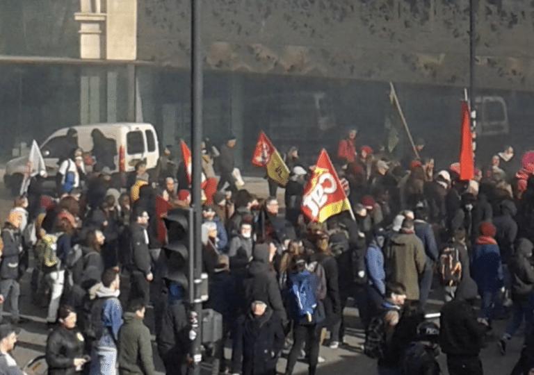 Loi travail : moins de 9000 manifestants en Bretagne, casse à Nantes