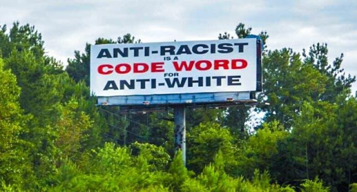 Hystérie anti-raciste. Je suis un homme, blanc, hétérosexuel, identitaire et je vous emmerde !