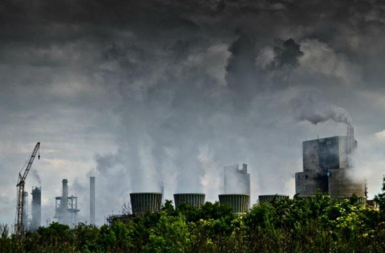 Pollution atmosphérique. Beaucoup plus mortelle que les accidents de voiture…