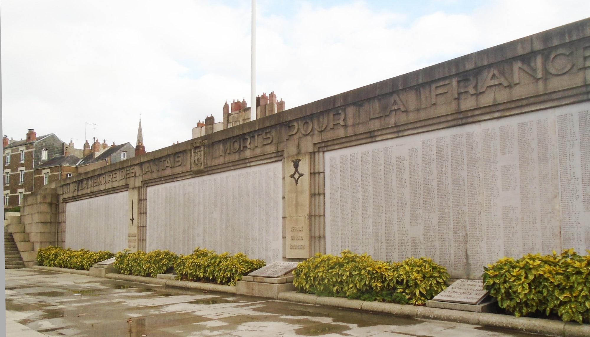 Nantes va rénover le plus grand monuments aux morts de Bretagne