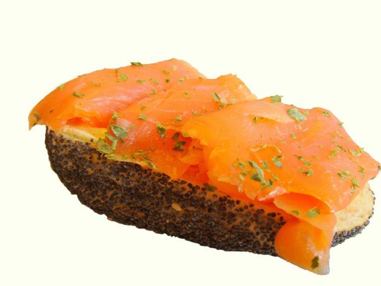 Bio ou sauvage, le saumon fumé doit surveiller son image