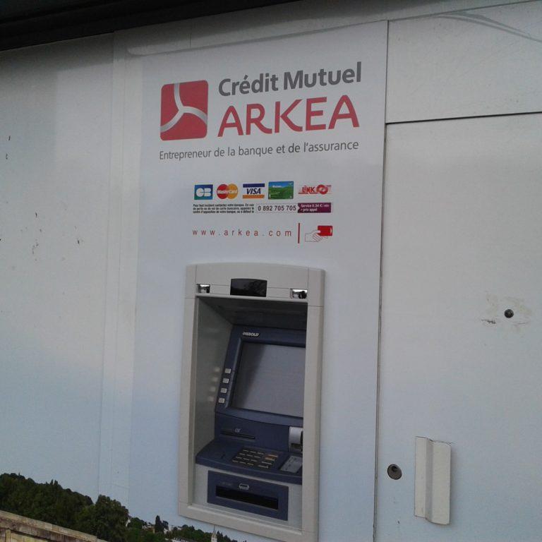 CMB –Arkéa : Denis et Le Moal ont des salaires royaux