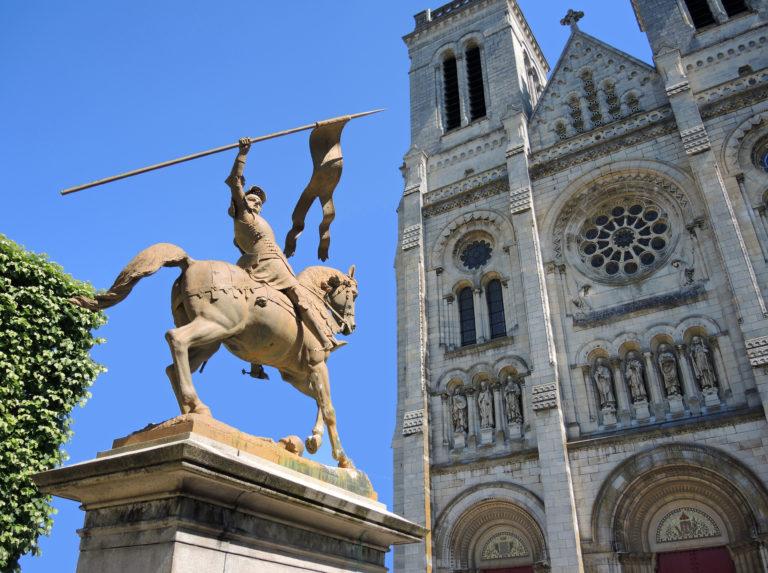 La Roë (53): Jeanne d'Arc à l'honneur dans l'église