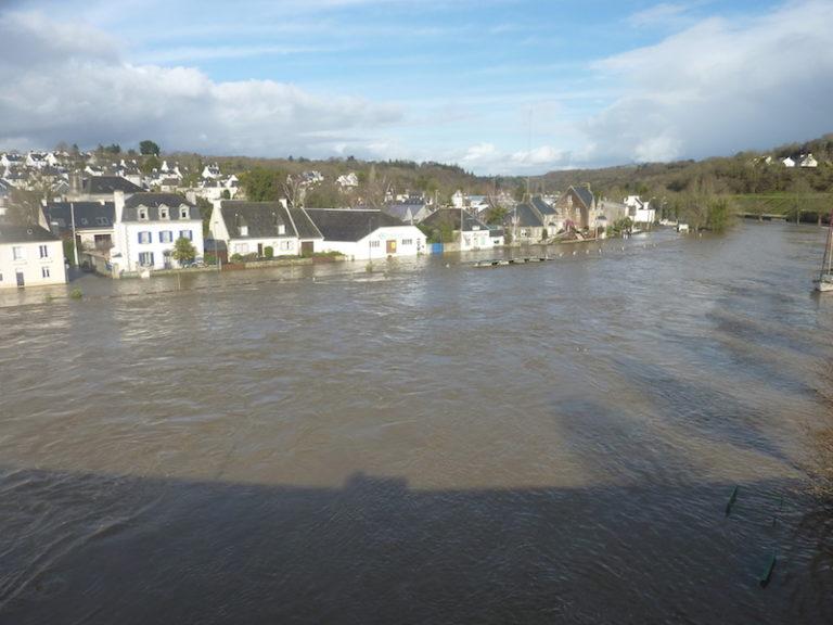 Inondations, pluies diluviennes: jusqu'à quand en Bretagne?