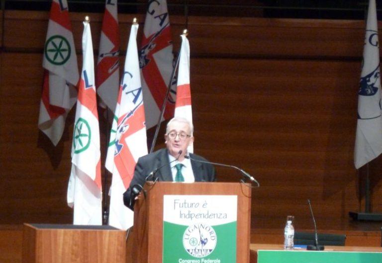 Mario Borghezio propose d'expulser « 300 clandestins par jour »