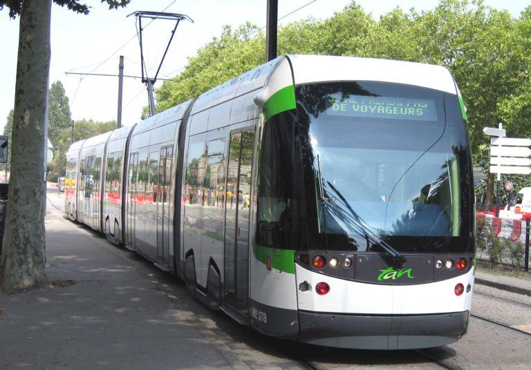 Bus, tramways : la TAN à Nantes est-elle adaptée aux malvoyants ?