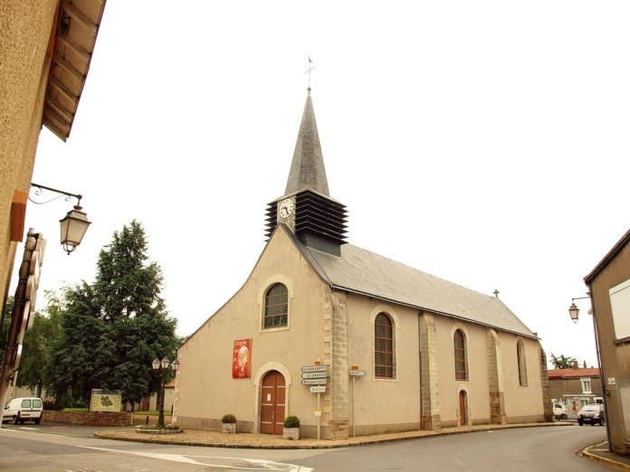La_Chapelle-Heulin-FR-44-église-01