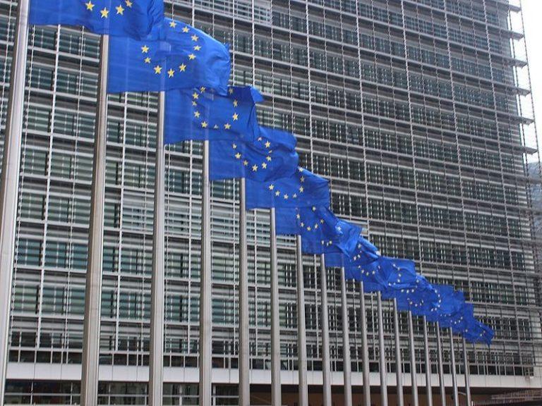 Alain Cadec (LR), Bruxellois un jour, Briochin l'autre