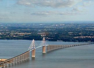 Pont_de_Saint-Nazaire-vue_aérienne