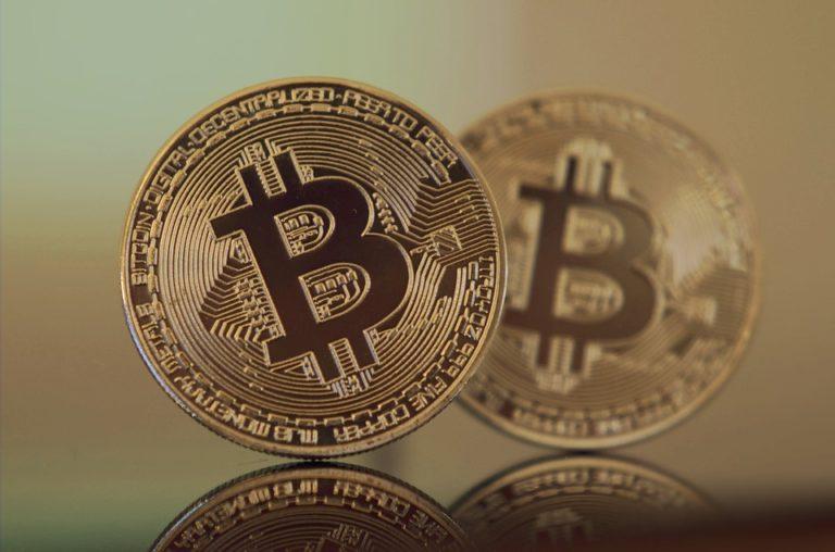 Cryptomonnaies. L'entrée en Bourse de la plateforme d'échange Coinbase affole Wall Street