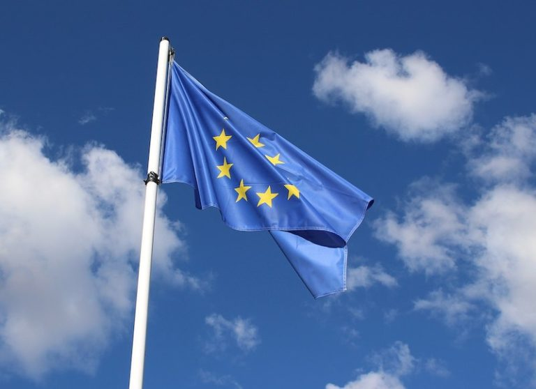 Guingamp. Une conférence sur le lien entre l'Europe et le citoyen au niveau local et régional