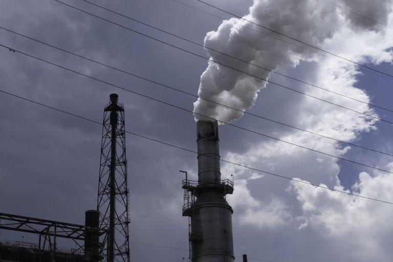 Émissions de CO2 : une chute spectaculaire mais temporaire ?