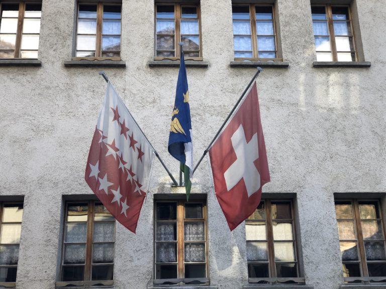 Assurance retraite, votation sur les armes. Nouvelle étape vers la « bruxellisation » de la Suisse