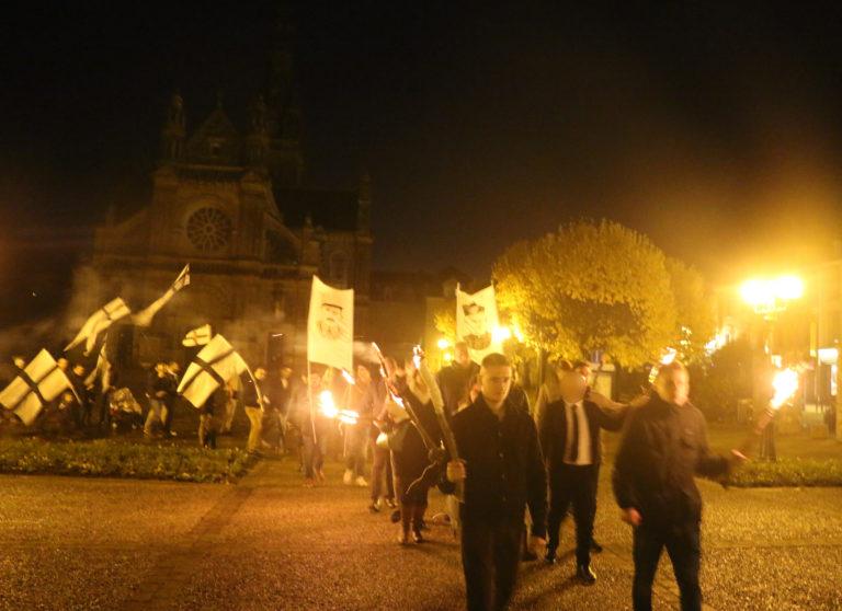 Sainte-Anne d'Auray. 50 personnes pour un 11 Novembre mêlant foi et Bretagne