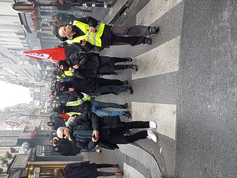 Gilets jaunes à Paris : au moins 110 blessés et plus de 270 interpellations