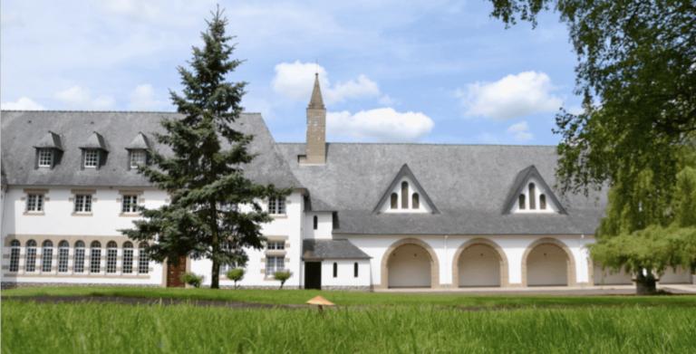Découverte du Morbihan. La biscuiterie de l'Abbaye de Campénéac (56)