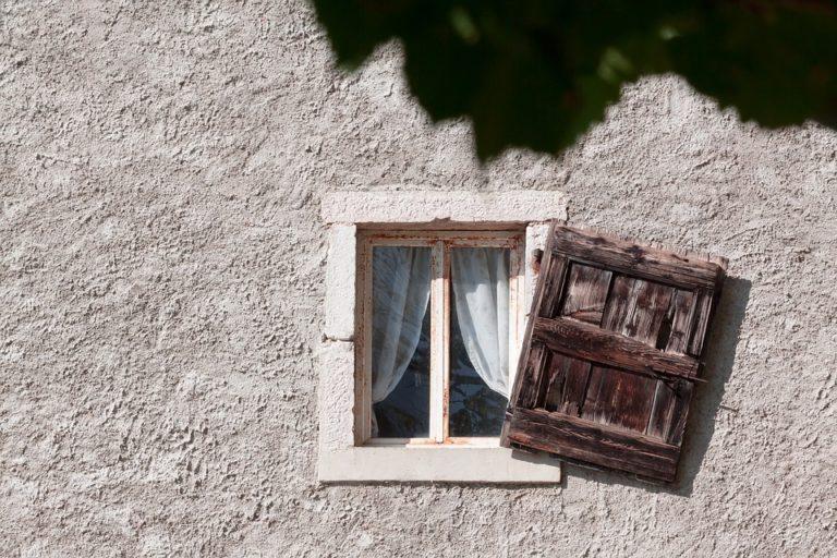 100€ de crédit d'impôt par fenêtre posée : La petite goutte d'eau de François de Rugy