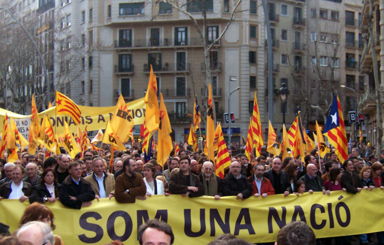 Carles Puigdemont. Entre Catalogne et Espagne, le Parlement européen a choisi son camp