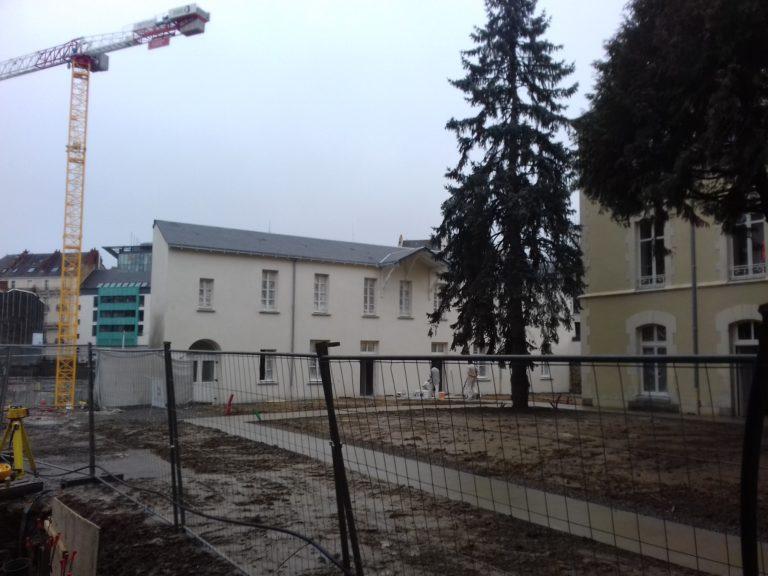 Nantes: massacre à la bétonneuse de la chapelle des Sœurs de l'Espérance