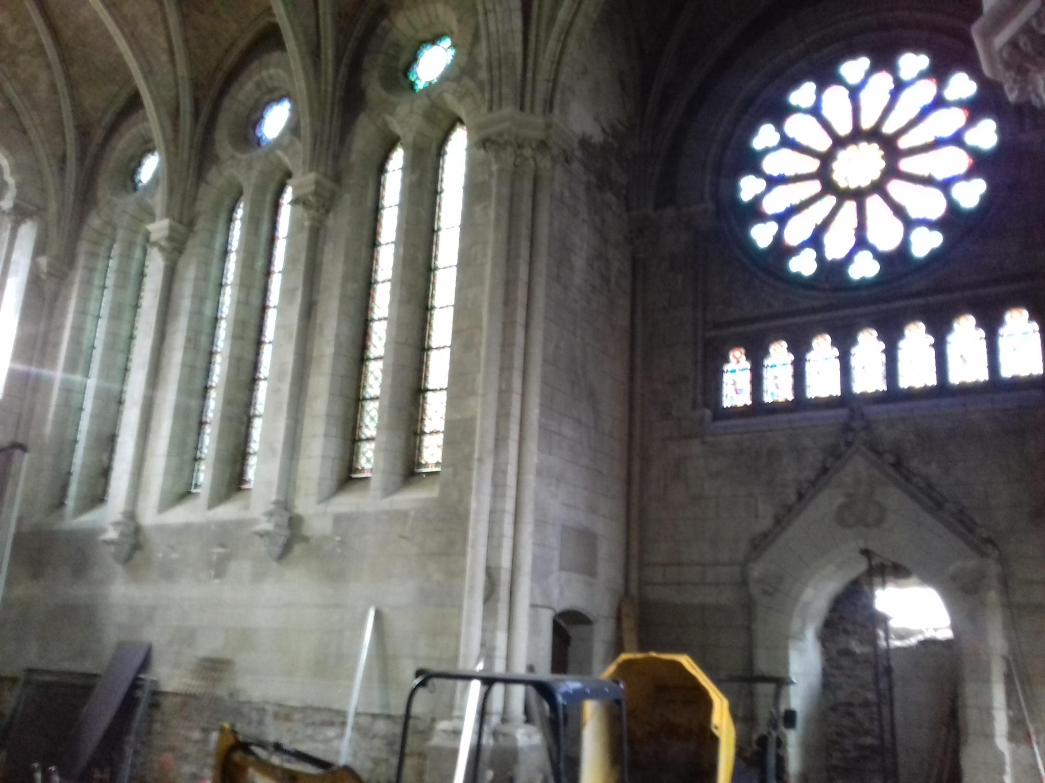 Où la maudite conciliaire fracasse les monuments sacrés de la Sainte Église Catholique 20190205_153813