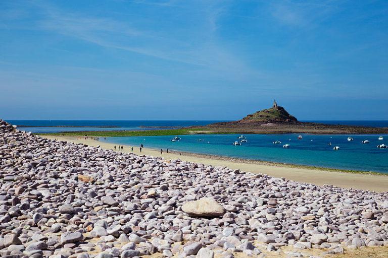 Vacances scolaires, tourisme. Comment se déplacer en Bretagne moins cher ?