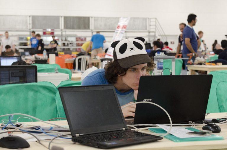 Emploi. Développeurs informatiques : la revanche des geeks