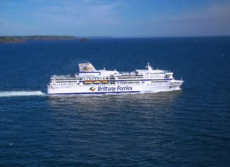 brittany-ferries-pont-aven-wearing-new-logo