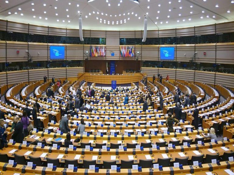 Benoît Hamon cherche un emploi au Parlement européen