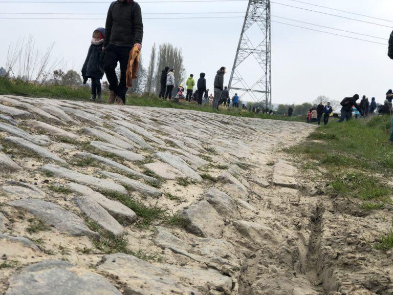 De l'exploit de Philippe Gilbert au décor du Paris-Roubaix 2019. Enfer du Nord ou Paradis du cyclisme ? [Reportage]