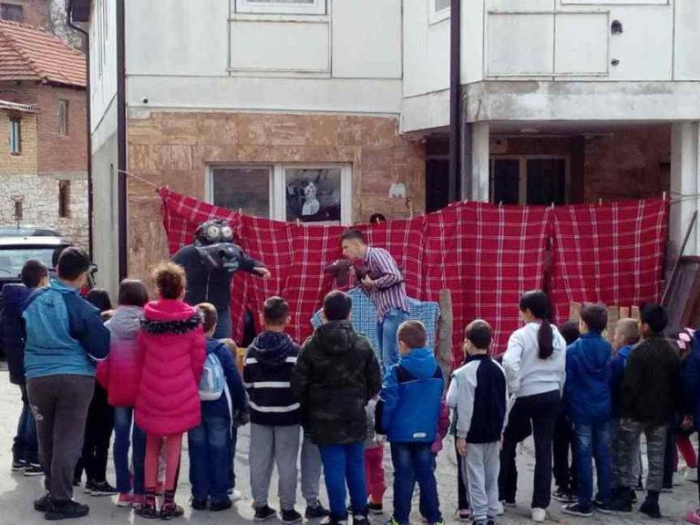 Serbie. Quand le théâtre se déplace dans les enclaves du Kosovo