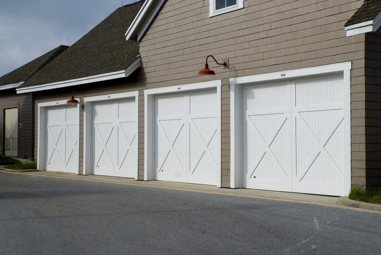 Face aux cambriolages : bien choisir sa porte de garage