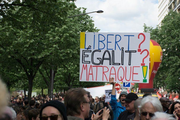 1 Mai. Syndicats, Gilets jaunes et partis politiques descendent dans la rue [Vidéo]
