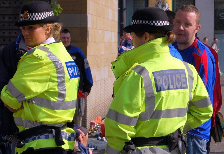 Londres : un gang dépouille des passants en ciblant les Blancs