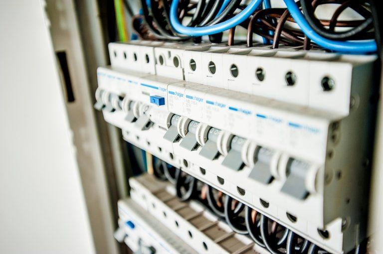 Électricité : les heures creuses ne sont plus intéressantes pour les consommateurs