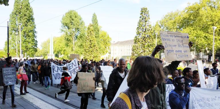 À Nantes, une manifestation de migrants moins réprimée que celles des Gilets jaunes