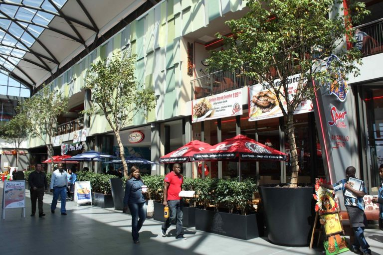Afrique du Sud. Des Blancs boycottent une chaîne de restaurants [Vidéos]