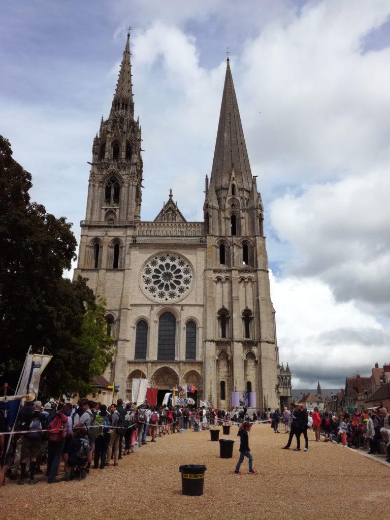 Retour sur le pèlerinage de Chartres