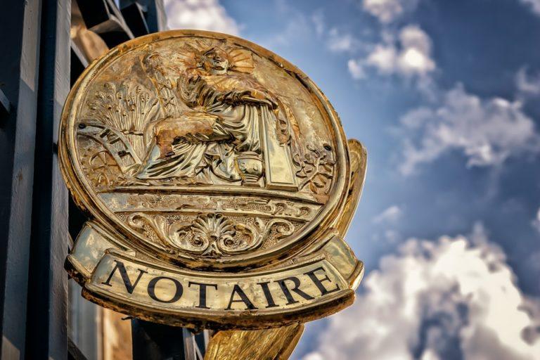 Marché immobilier : Belges et Anglais premiers acquéreurs en Bretagne, les Algériens en Île-de-France