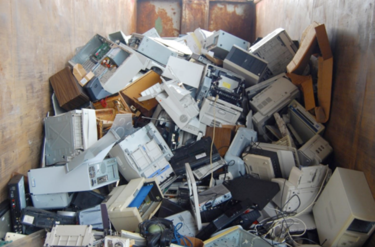 Encore trop de matériel informatique obsolète dans les écoles